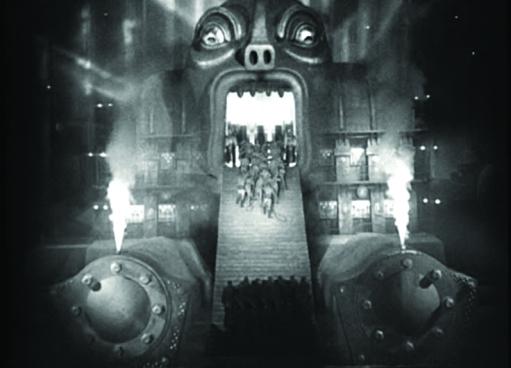 İşçilerin fabrikaya girişi